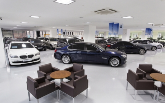 BMW-Mercedes rivalry targets used car market