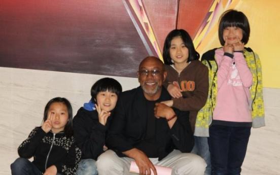 Orphanage volunteer wins Michael Simning award