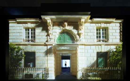 Dior's history meshes with Korean creativity in 'Esprit Dior' exhibition