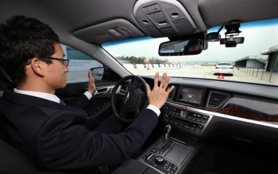 Carmakers close in on driverless dream