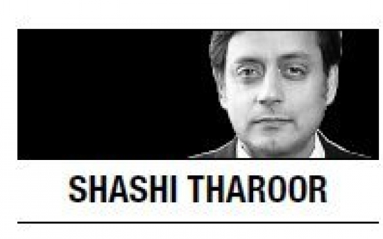 [Shashi Tharoor] Hanging sparks debate on death penalty in India
