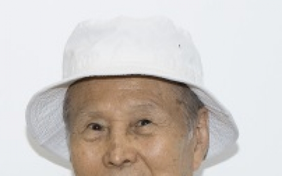 Two living masters of Korean art