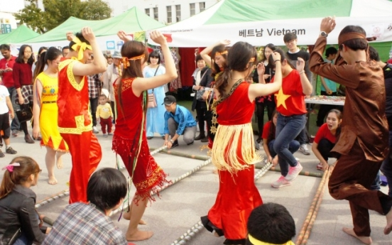 Cities gear up for multicultural festivals