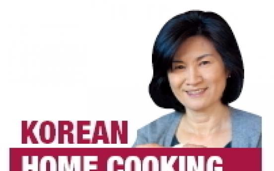 Home Cooking: Ueong (burdock root) jorim