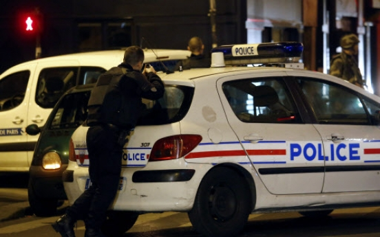 Eight militants killed in Paris attacks: investigation source
