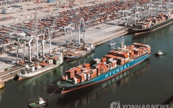 Korea's seaport cargo edges up in Q1
