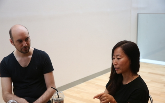 [Herald Interview] Korean-British artist duo creates physical expressions of light and space
