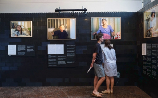 LA art exhibition look at dying through words, photos