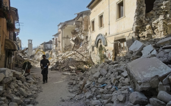 Italy earthquake kills at least 159, reduces towns to rubble