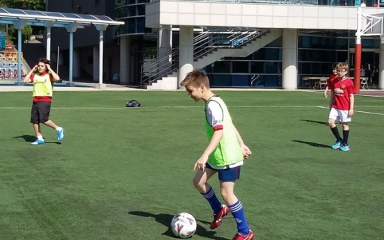 Youth soccer group lets kids take initiative