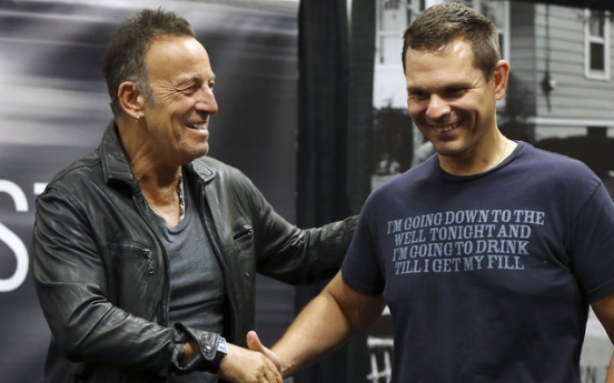 My Hometown: Springsteen launches book tour in New Jersey