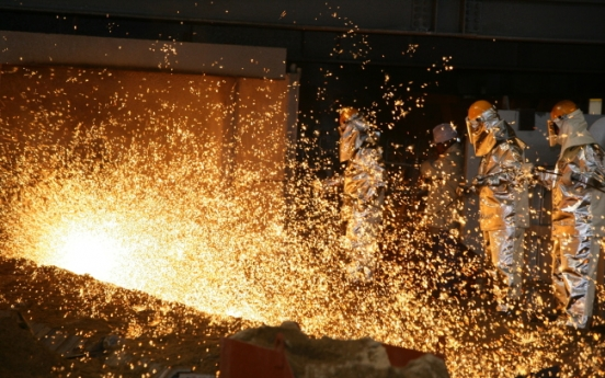 Korea to induce steel, petrochemicals firms to restructure