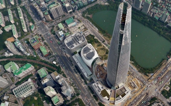 [Photo News] Lotte World Tower completes outer construction