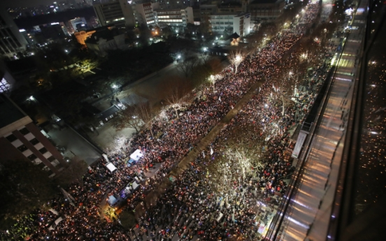Weekend rallies planned for Christmas Eve, New Year's Eve