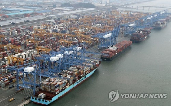 Korea's exports jump 26.2% in first 20 days of Feb.