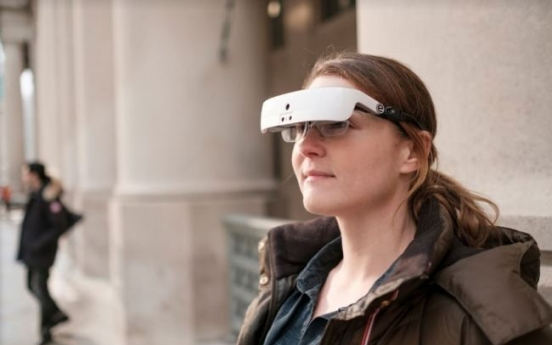 Sharp vision: New glasses help the legally blind see