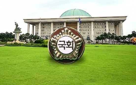 Koreans evenly divided on issue of income redistribution or growth