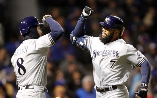 Thames, Braun power Brewers past struggling Cubs 6-3