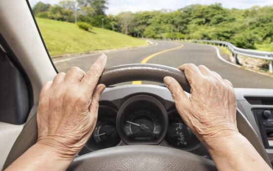 Traffic deaths of elderly drivers up sharply: data