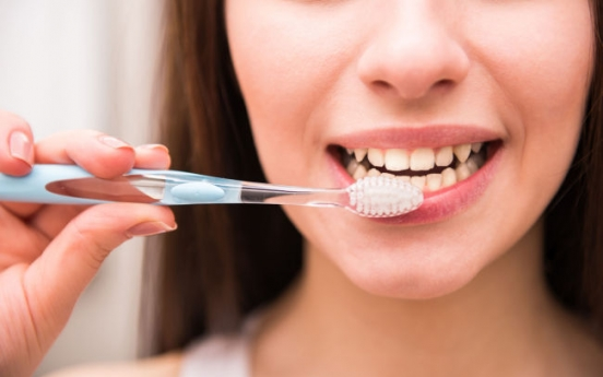 More than half of S. Koreans not brushing teeth after lunch: study