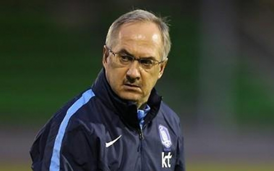 Nat'l football head coach Uli Stielike sacked following World Cup qualifier loss