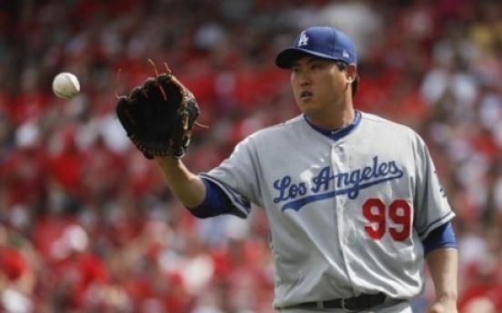Dodgers' Ryu Hyun-jin beats Reds in return match for 3rd win of season