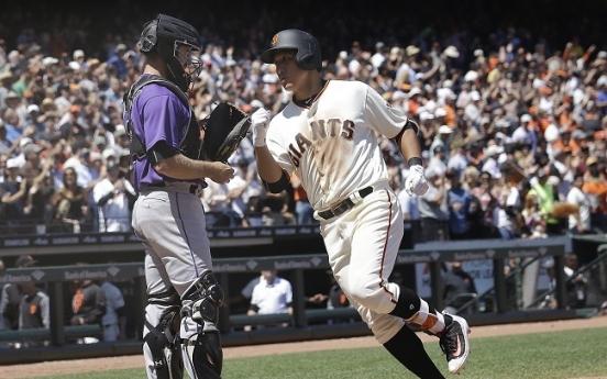 Giants' Hwang Jae-gyun homers for 1st major league hit