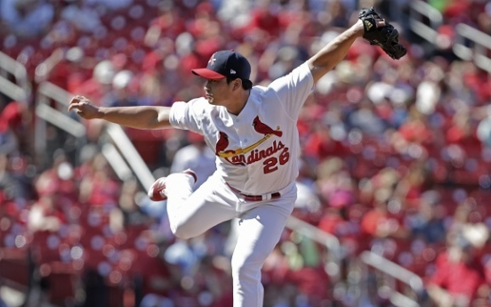 Cardinals' Oh Seung-hwan earns 17th save of season