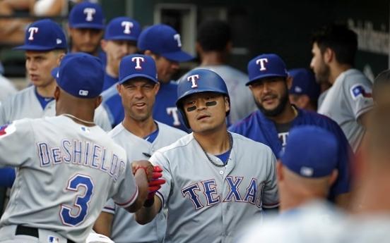 Choo reaches base 4 times, Rangers still fall to Orioles