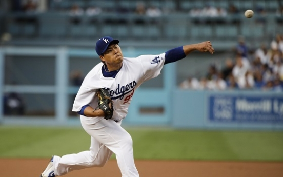 Ryu Hyun-jin near-perfect in 7 scoreless, Dodgers win 4th straight