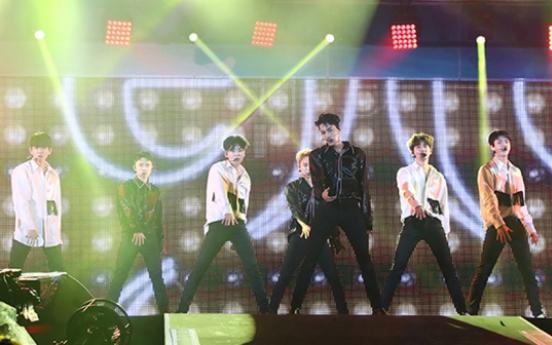 K-pop artists heat up Japan at A-nation 2017