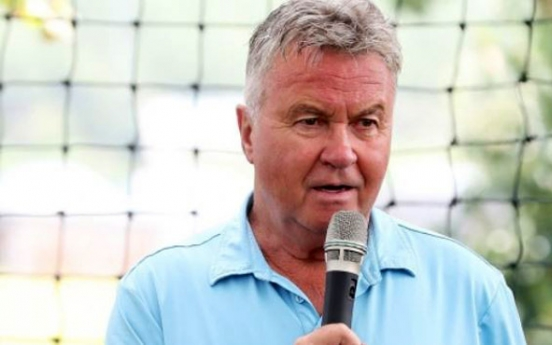 Guus Hiddink likely to meet Korea football coach in Russia next month