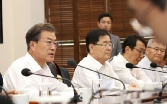 Moon urges efforts to reduce work hours, create more jobs