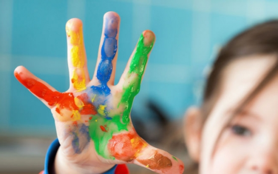 Children's finger paints found to contain toxins