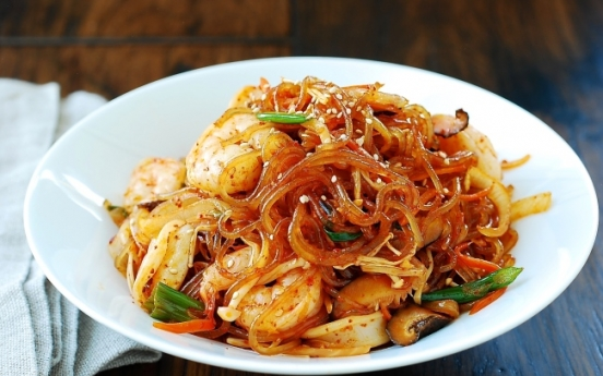 [Korean Bapsang] Spicy japchae with seafood