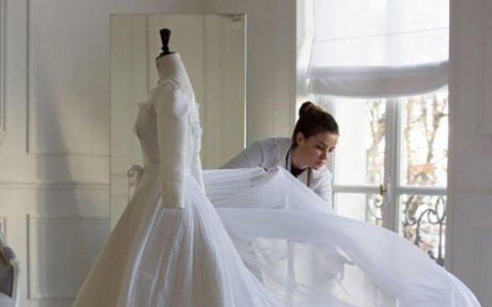 Dior reveals making of Song Hye-kyo's wedding dress