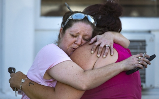 [Newsmaker] 26 killed in church attack in Texas' worst mass shooting