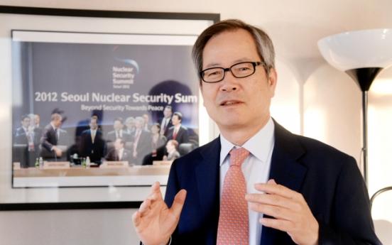 [Herald Interview] 'Neither wishful thinking nor empty threats will work on NK'
