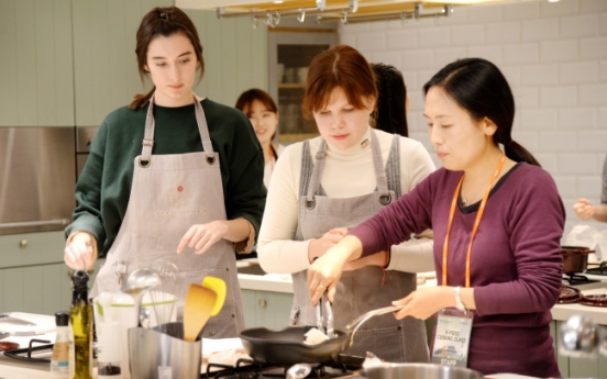 Korean cooking classes rise as immersive travel activities