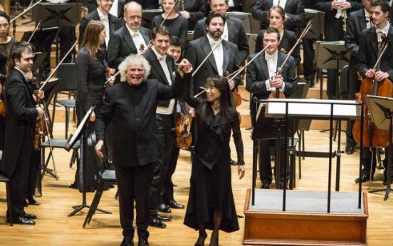 Simon Rattle's Berlin Philharmonic bids smashing adieu to Seoul