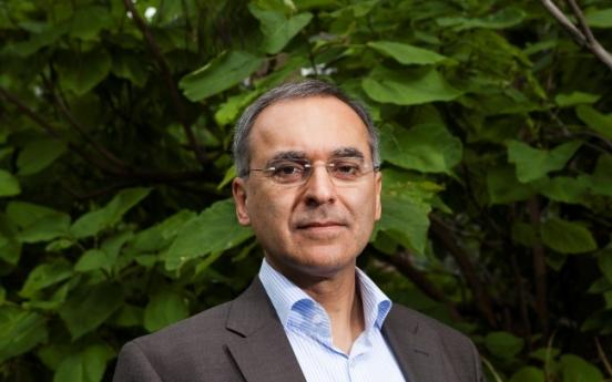 WWF names environmental economist as new board president