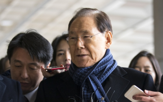Close aide of ex-President Lee grilled over alleged NIS payment