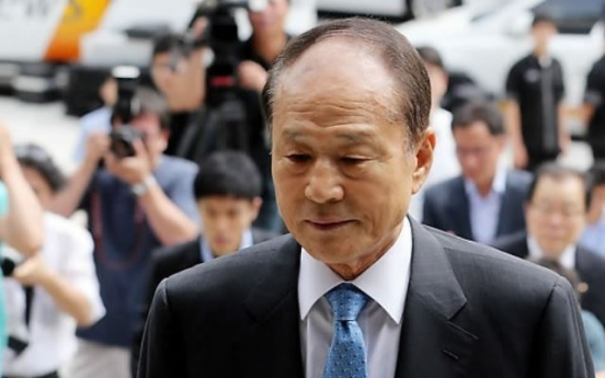 Ex-President Lee's brother found unconscious amid probe into alleged bribery