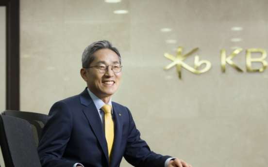 KB Financial chief's balanced strategy upholds 'leading bank vision'