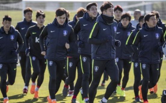 Korean forward vows to utilize European experience for nat'l football team