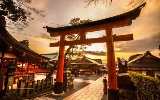 Koreans top tourists to Japan in early 2018