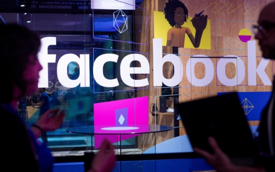 Facebook to send Cambridge Analytica data-use notices Monday