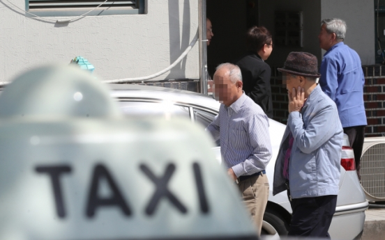 Ministry blasted for watering down assessment for senior taxi drivers