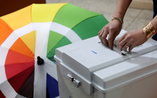 Foreign voters seek more information on elections in other languages