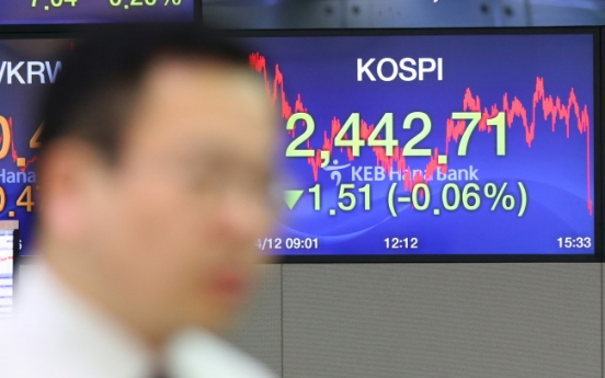 Seoul stocks open lower on foreign selling